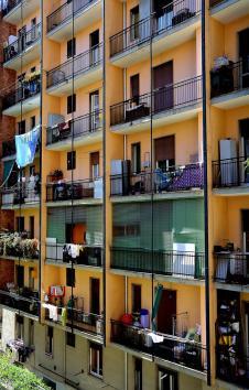 Der Ausblick vom Balkon: Mehr Balkone.